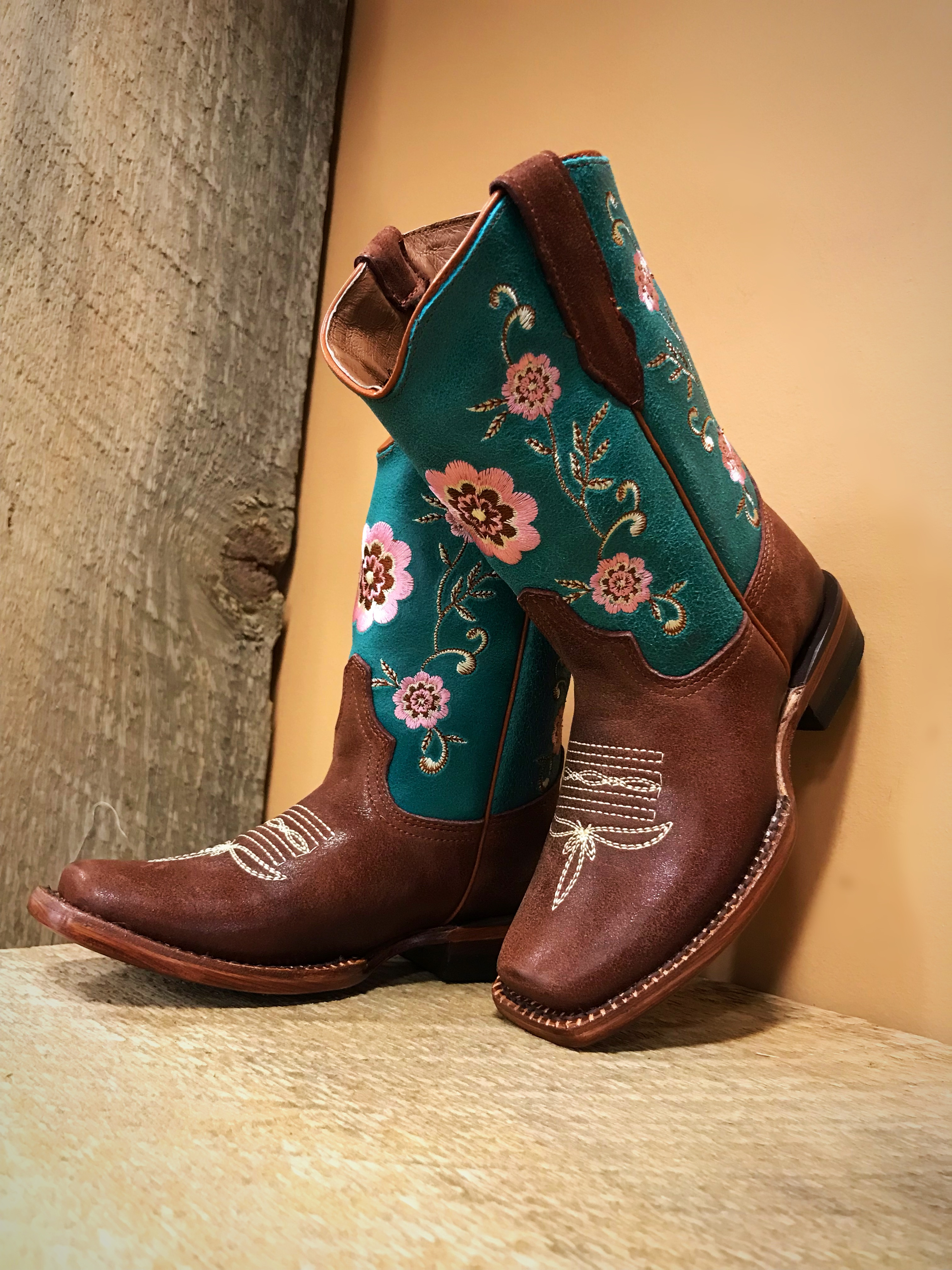 cowgirl boots for girls